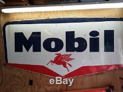 957 Double Face Large 102 X 51 Porcelaine Mobil Oil Sign Pegasus
