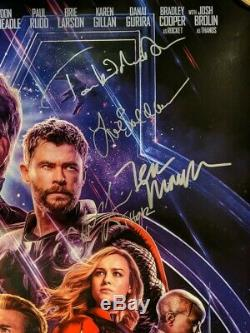 Avengers Endgame Double Face Affiche Théâtrale Signée Par 11 Membres De La Distribution Jsa