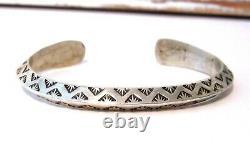 Bracelet De Manchette À Double Face Doublée De Lingot Estampé Main Navajo Signé