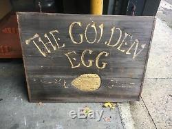 C1960-70 En Bois Double Face Le Signe Golden Egg Sculpté À La Main 36 X 27 Friperie