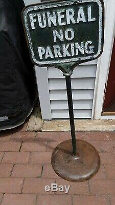 Cast Vintage Fer / Metal'funeral No Parking ' Signe Des Lettres En Relief Double Face