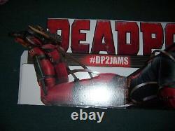 Deadpool 2 Double Face Cutout En Carton Standee Advertising Store Display Sign