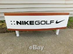 Double Face Nike Golf Enseigne Affichage 30 X 12 Avec Les Jambes