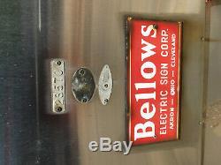 Énorme Pneu Vintage Firestone Bowtie En Métal Vintage Signé Néon 30