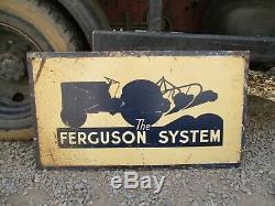 Ferguson Te20 Originale, T20 Tracteur Boutique / Dealers Sign Métal. Double Face. Agréable