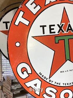 Grand Signe De Porcelaine Double Face À L'essence Vintage'''texaco'' Avec Support