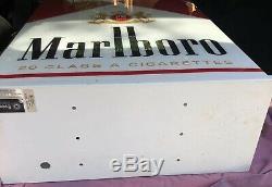 Marlboro Signe Lumineux Cigarettes Phillip Morris Rare Large Cigarettes
