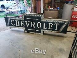 Rare Concessionnaire Chevrolet Sandpaint Milkglass Sign. Double Face. 9 Pieds De Long