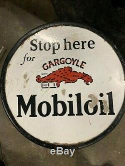Rare Mobiloil Gargoyle Porcelaine Bilaterale Signe Trottoir