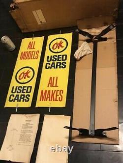 Rare Vinage Tin Double Sided Ok Utilisé Cars Signaire Spinner Avec Bracket, Hardware & Box