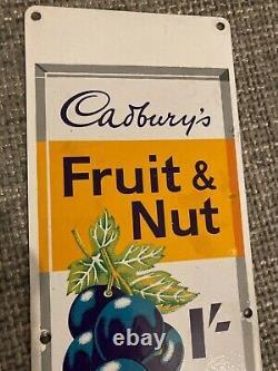 Signe D'émail Cadburys Fruit Et Vieux Signe De Noix Doublement Dément Signe Rare