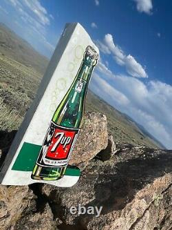 Very Large Vintage Antique 7up Soda Cola Embossed Bouteille Double Face Signe